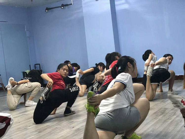 7DT舞蹈.jpg