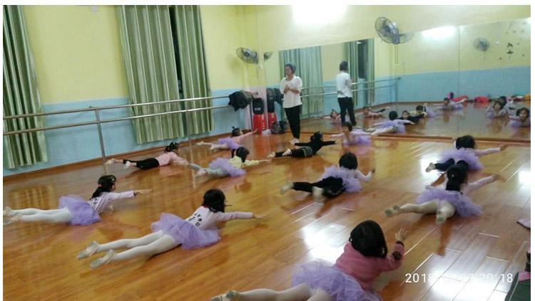 01舞蹈_.jpg